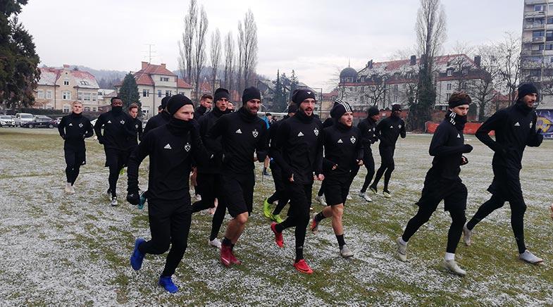 Vijoličasti začeli s pripravami na drugi del državnega prvenstva