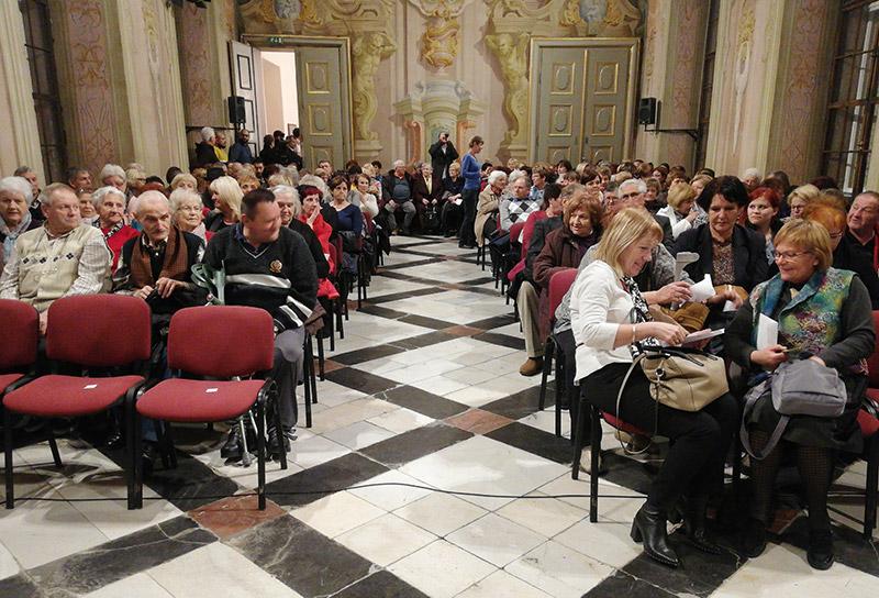 V Slovenski Bistrici so se ob dnevu žena spomnili pisateljice Erne Starovasnik