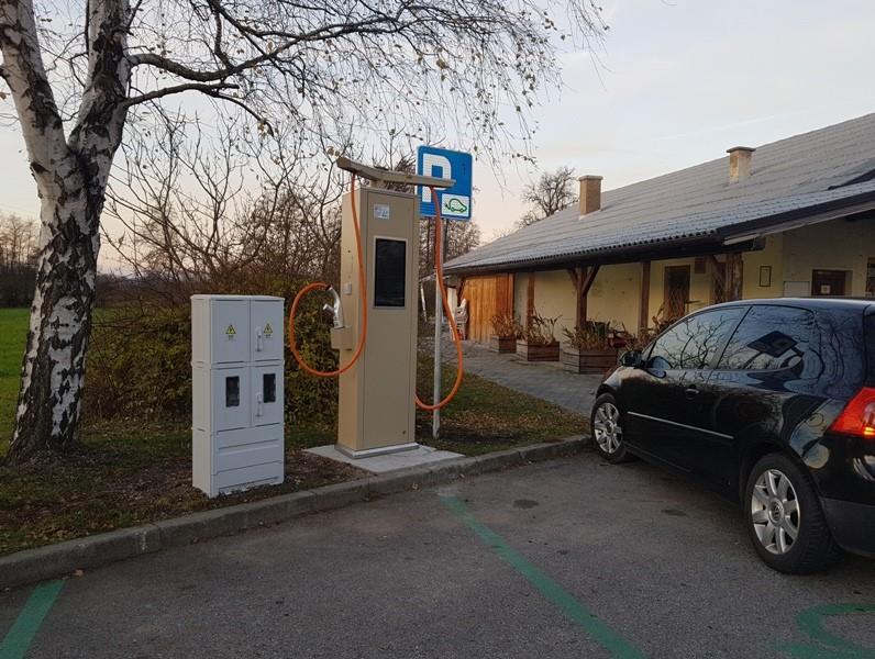 V Slovenski Bistrici želijo več električnih polnilnih postaj