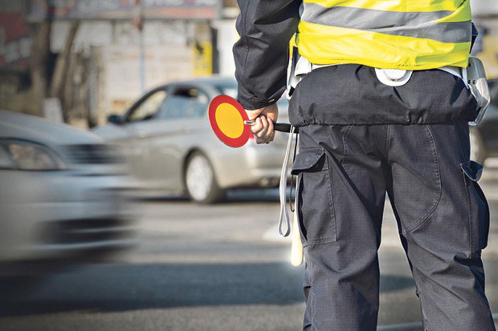 Previdno! Policisti bodo merili hitrost