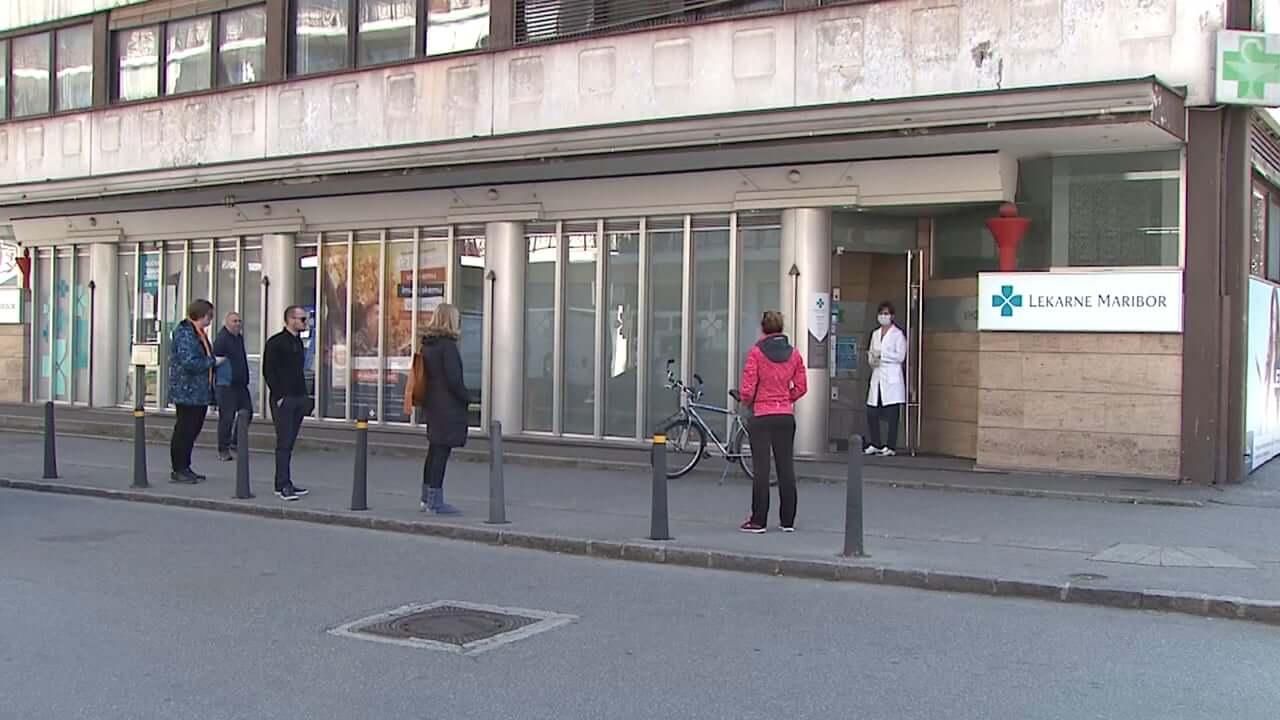 Lekarne krajšajo delovni čas, v Mariboru nižja cena Lekadola