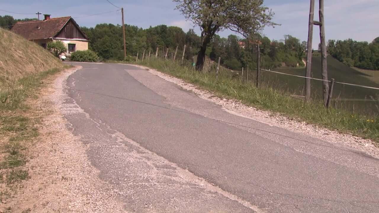 Obnova drugega dela ceste in plazu Svečina-Ciringa