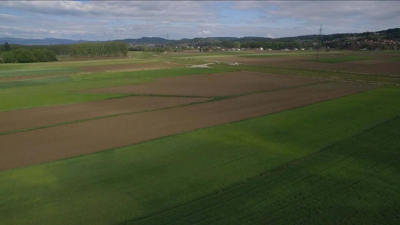 Konec slovenskega kmetijstva?