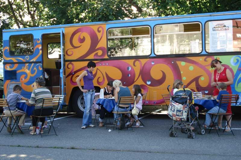 Leteči avtobus na Teznu