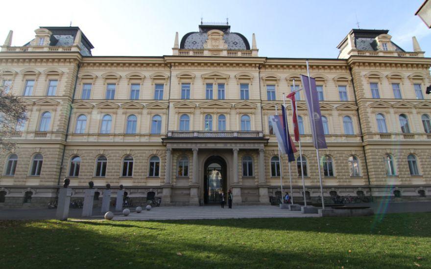 Razvijanje študija na daljavo na Univerzi v Mariboru