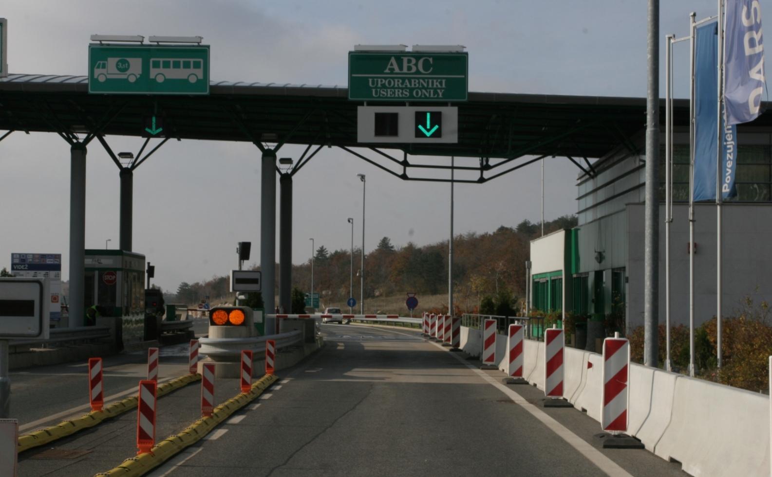 Do konca leta bo DARS odstranil preostale cestninske postaje