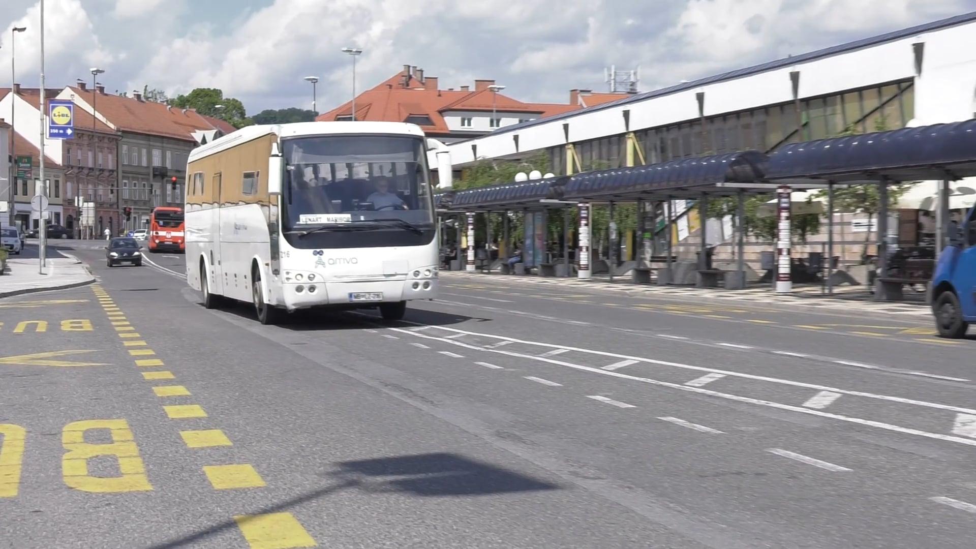 Brezplačno vozovnico za javni promet si v Sloveniji lasti vsak 16 prebivalec