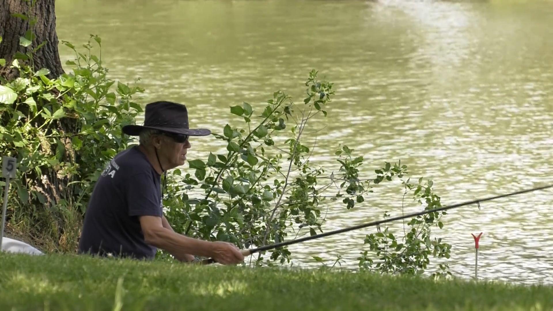 V Račah okronali novega ribiškega carja