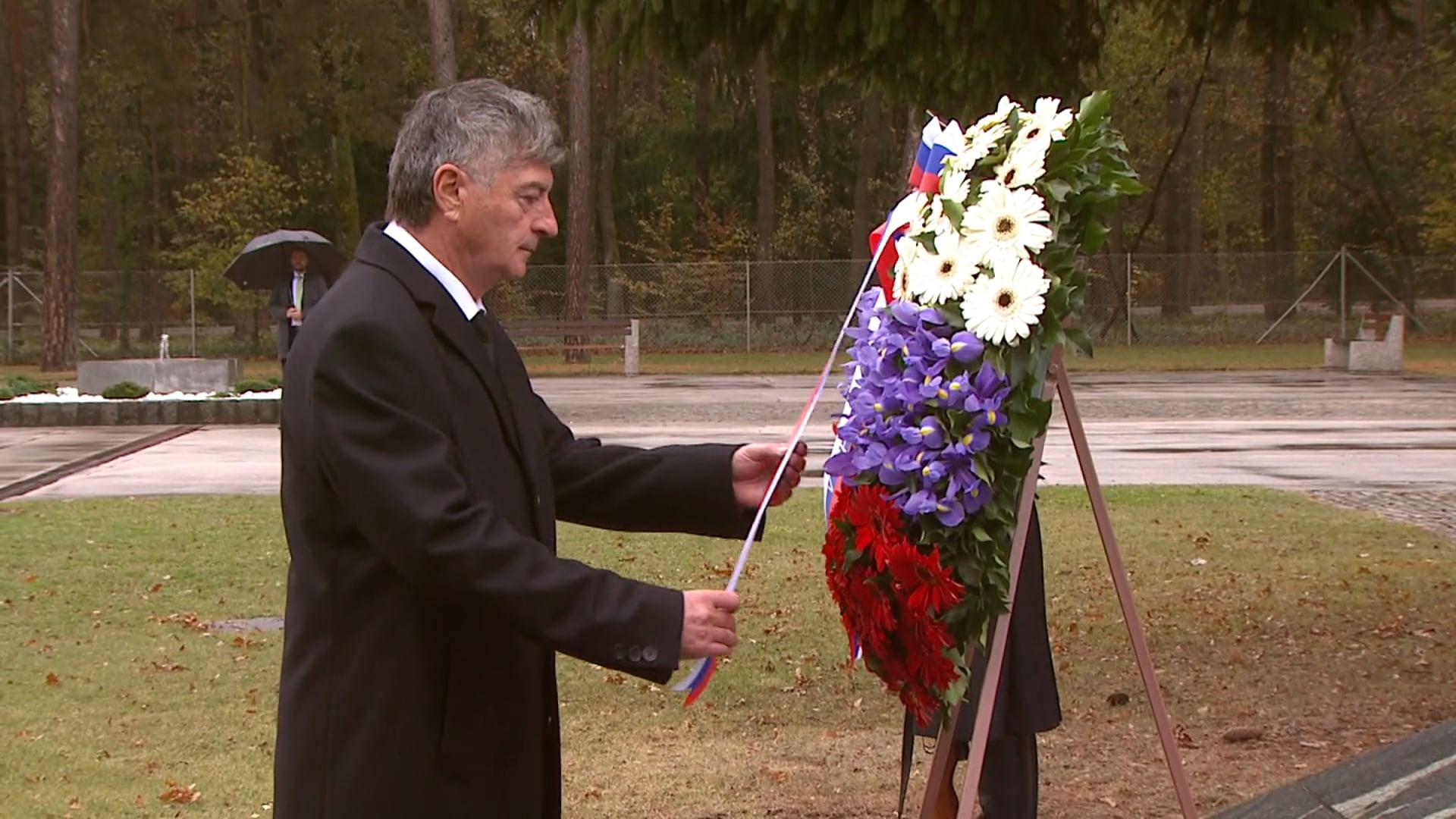 Minister se je poklonil žrtvam povojnih pobojev