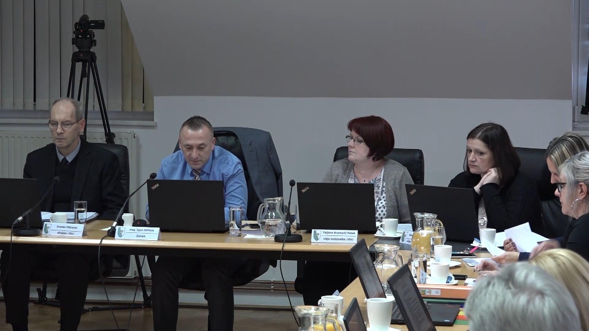 Svetniki v prvem branju potrdili predlog proračuna
