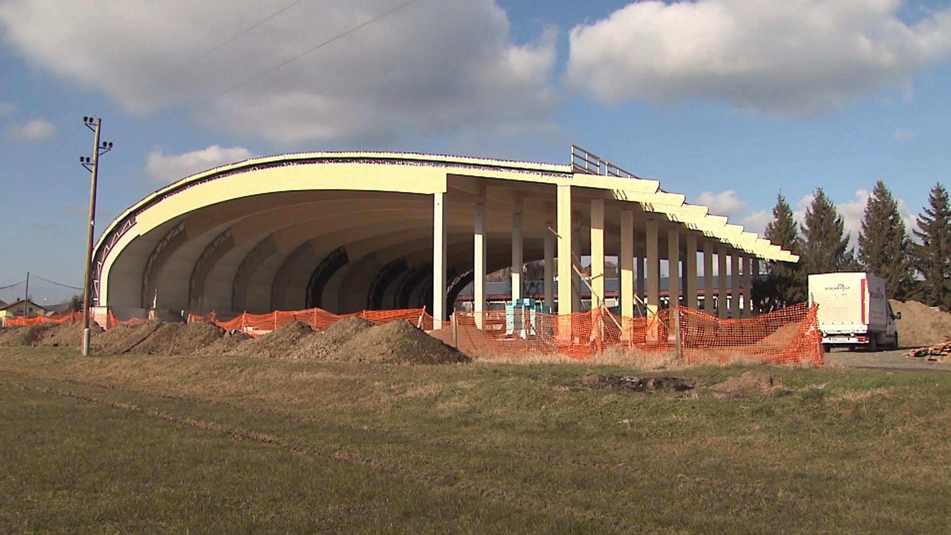 Gradnja športne dvorane v Dupleku