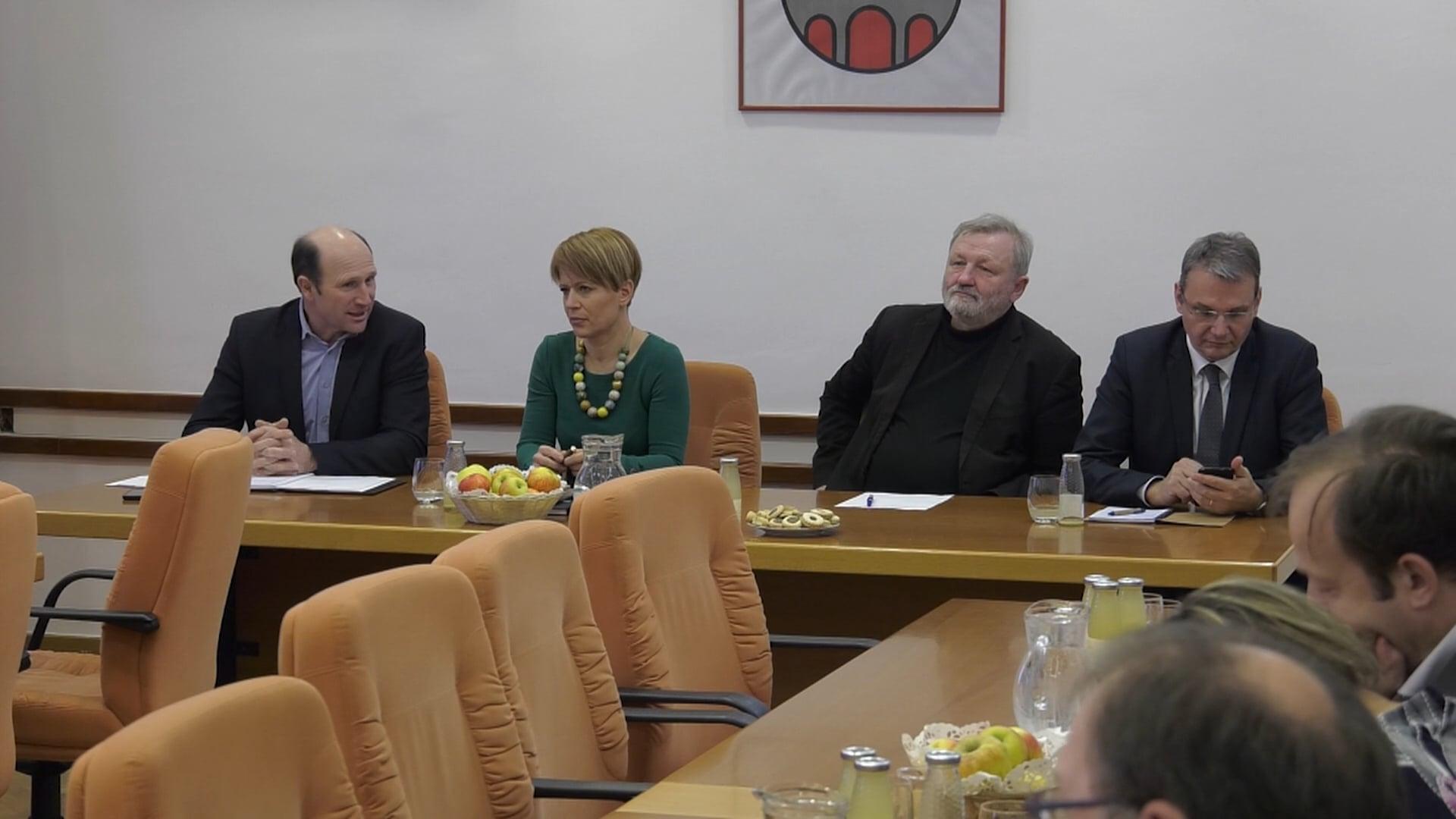 SLS gostila ministrico