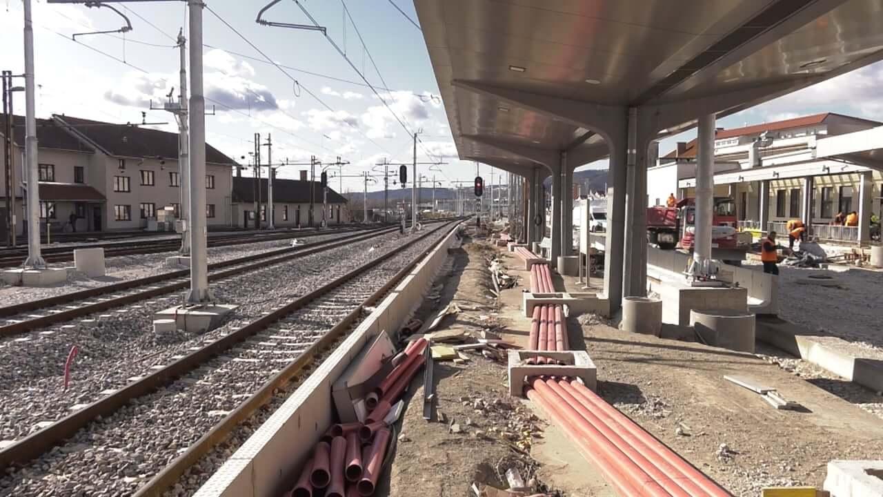 Kako poteka nadgradnja železniške postaje Maribor?