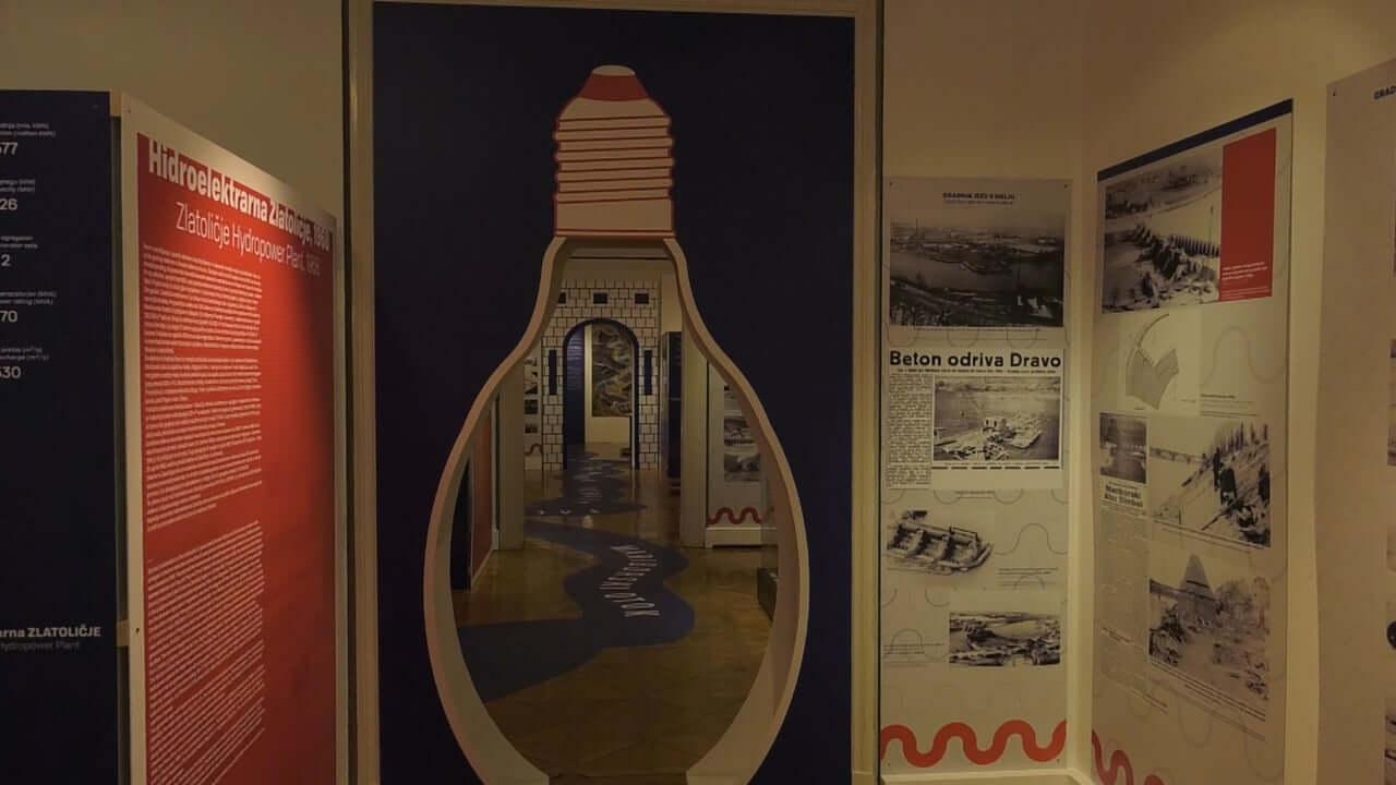 V muzeju NOB razstava o hidroelektrarnah na Dravi