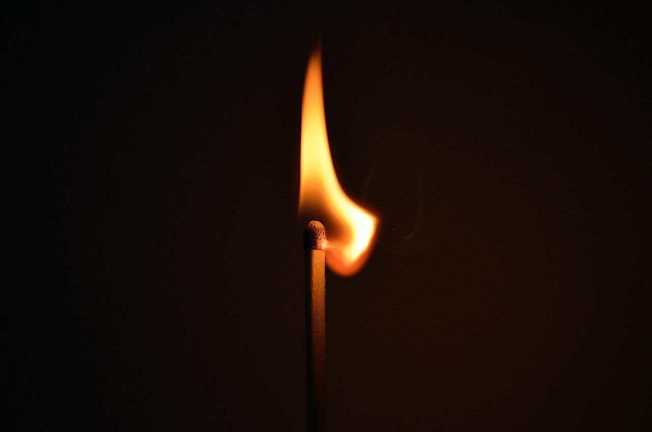 V Kidričevem podtaknil požar