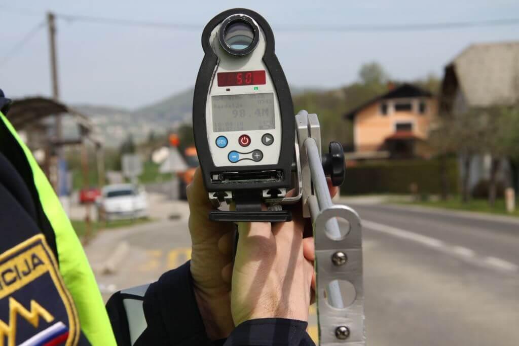 Previdno na cesti – policija poostreno nadzoruje